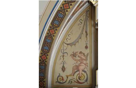 Geflügelter Genius mit Fledermaus, Detail aus Saal 39; Foto: A. Schumacher, NHM Wien