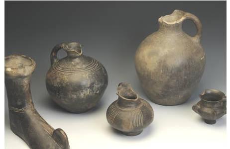 Prähistorisches Stiefelgefäß aus dem Kaukasus (PA83226)