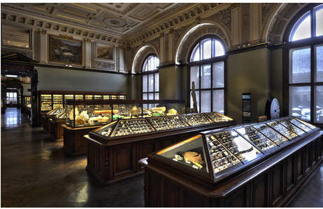 Saal I der Mineraliensammlung des Naturhistorischen Museum Wien; Foto: K. Kracher, NHM