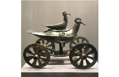 Der Vogelwagen mit  Deckel