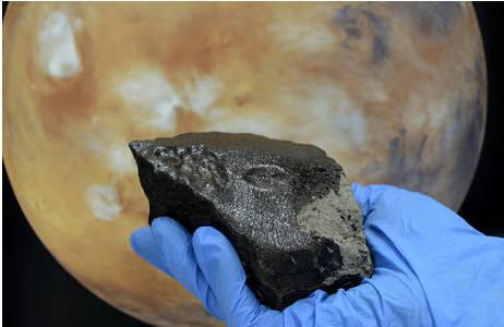 Marsmeteorit Tissint (N9388): Foto: K. Kracher, NHM Wien