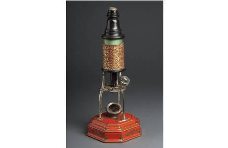 Culpeper-Mikroskop im Aufbewahrungskasten; Foto: W. Reichmann, NHM Wien