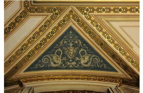 Dekorationsmalerei mit Drachen, 2. Stock, NHMW; Foto: A. Schumacher, NHM Wien