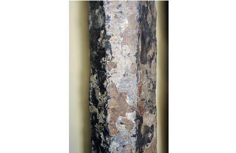Detailaufnahme einer Basaltsäule mit typischer Form; Foto: A. Schumacher, NHM Wien
