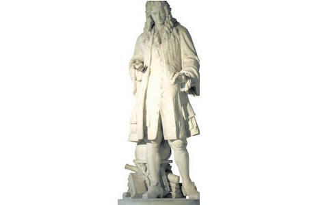 3.Isaac Newton von V. Tilgner, Stiegenhaus; Foto: A. Schumacher, NHM Wien